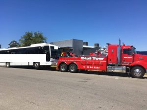 River Murray Towing with bus